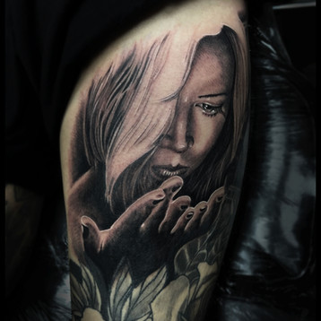 treausure-girl-tattoo-jammes-realistic-h