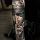 lady-finger-tattoo-jammestattoo-realisti
