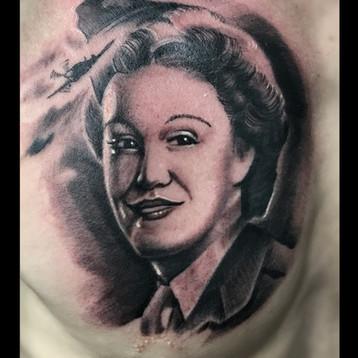 war-hero-tattoo-jammestattoo-.jpg