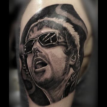 oasis-tattoo-portrait-jammestattoo-londo