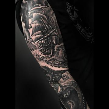 ship-cracken-tattoo-fullsleeve-realistic