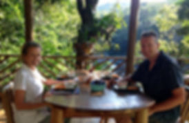 Desayuno a orillas del Río Sauce