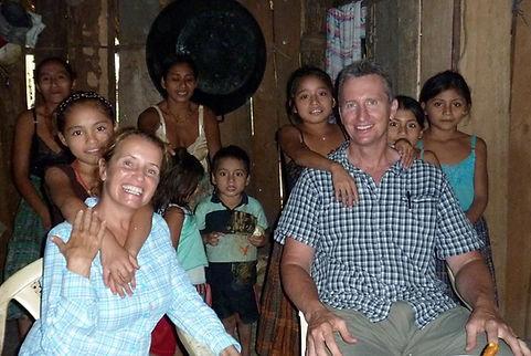 Fundador del Centro Turístico junto a su esposa