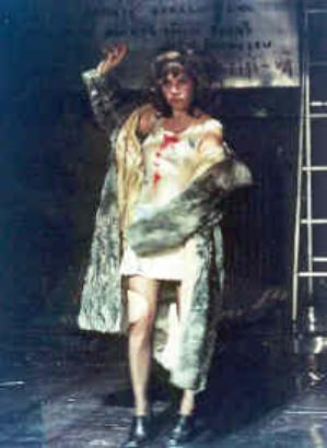 WOMEN WITH THE FUR COAT in MARISOL