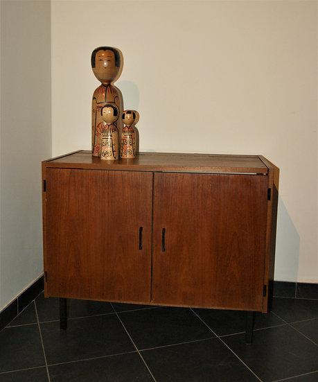 Petite armoire d'appoint