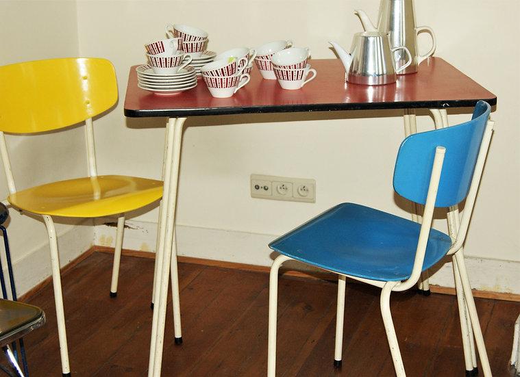 Table et 2 chaises Willy Van der Meeren
