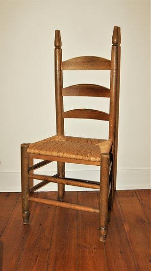 Chaise ancienne
