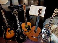 guitargroup4.jpg