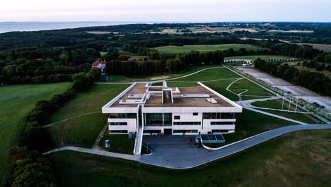Dronefoto af Moesgaard Musum
