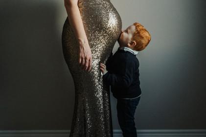 Maternity Photographer in Petawawa, Ontario