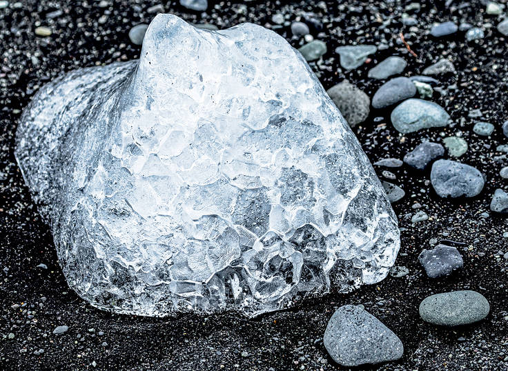800 year old ice