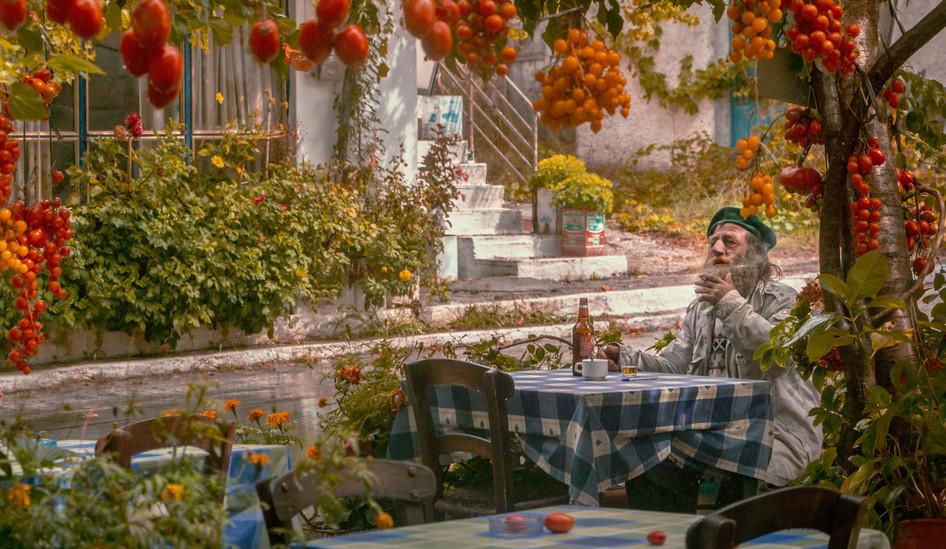 Greek-Lifestyle-Health-Benefits.jpg