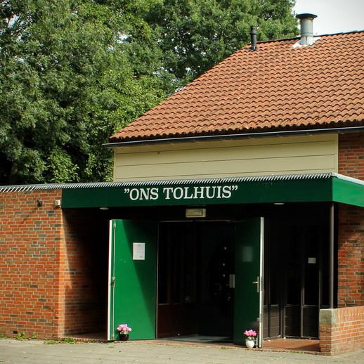 """Wijkgebouw """"Ons Tolhuis"""" is vanaf  1 september weer meer open."""