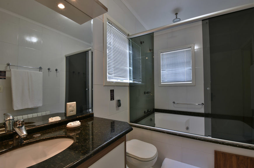 suite-com-banheira-2018-07-870x576.jpg