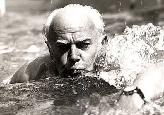 06-1971Schwimmbad.jpg