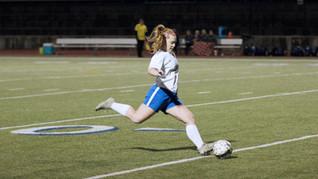 Girls_Varsity_SoccerJan19_SarahC_225_2CC