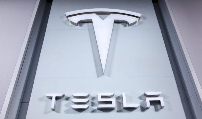 Tesla investiert 1.5 Milliarden USD in Bitcoin