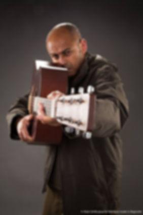 Saam Chansons guitare