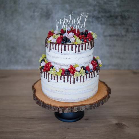 "Hochzeitstorte ""Naked Cake and Berries"""
