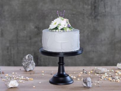 """Festliche Torte """"flowers & stones"""""""