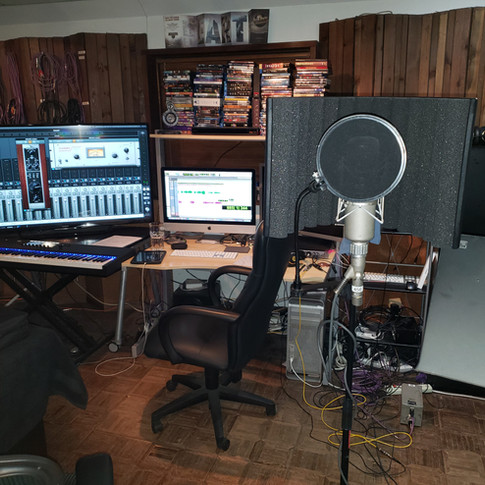 Huxley Home Studio