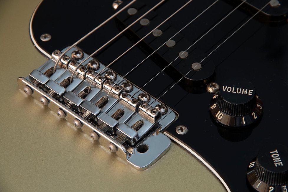 Fender 25th Strat 6.jpg