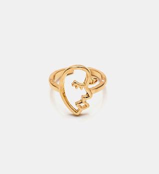 Золотое женское кольцо, изготовленное на заказ.