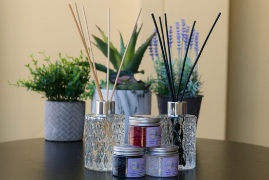 Artisan Reed Diffuser and Aroma Beads