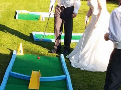 crazy golf hire wedding B&GJPG