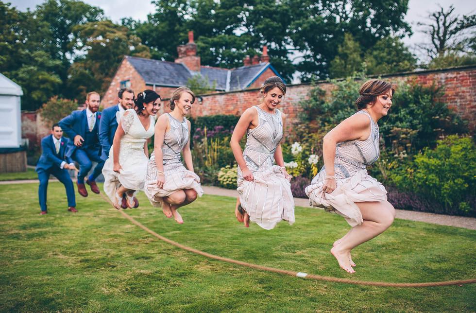 bridesmaids-skipping-wedding-games-combe