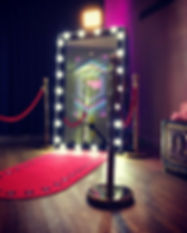 Hollywood frame magic selfie mirror hire