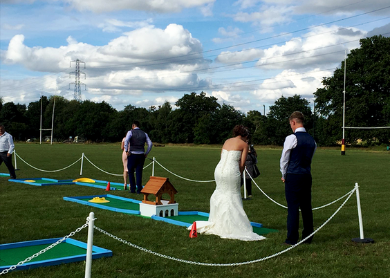 bride-playing-crazy-golf.png