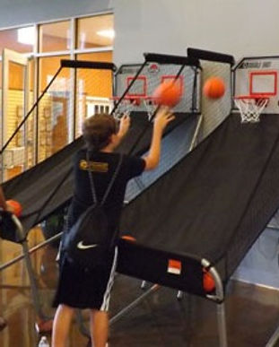 twin.basketball.game_.jpg