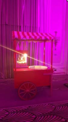Popcorn Machine with Victorian Market Ba