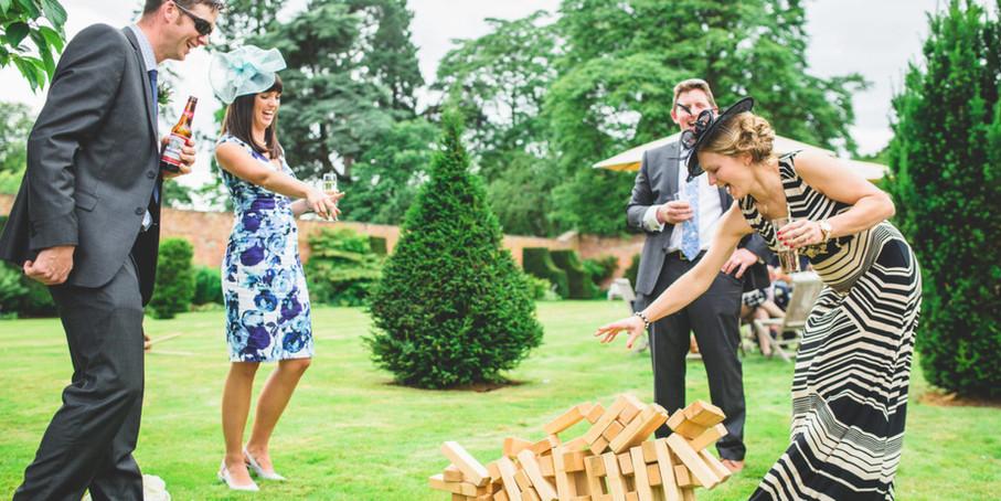 giant_jenga_wedding_lawn_games-1280x640.