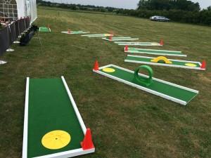 crazy-golf-course-hire-300x225.jpg