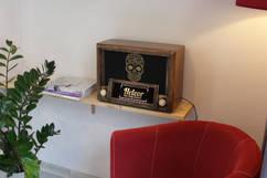 vintage bluetooth radio