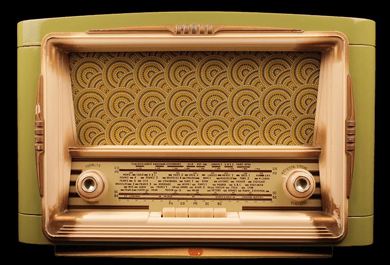 Rénovation vieille radio