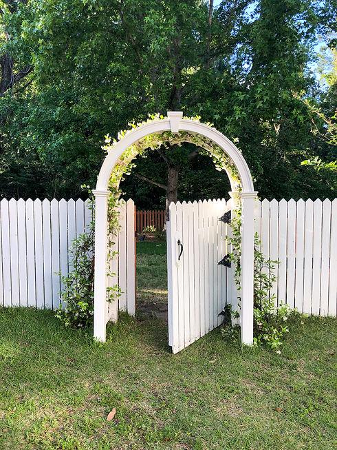 Garden Arch 2.jpg