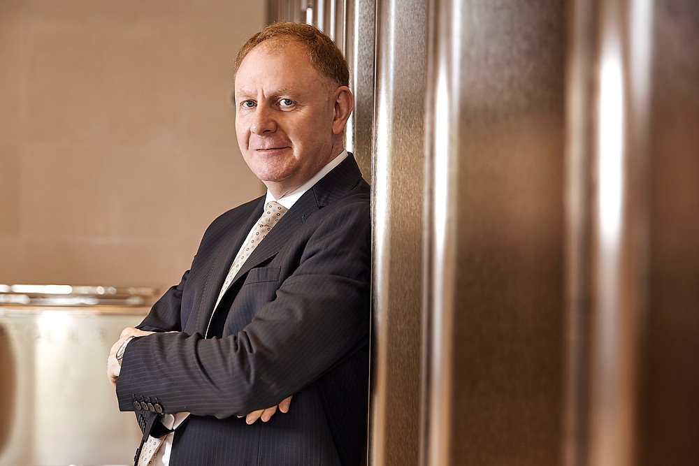 Shanghai business Portrait finical advisor