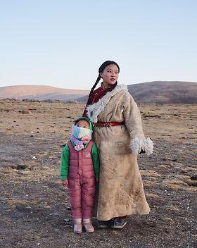 Tibet Portrait_china female photographer.jpg