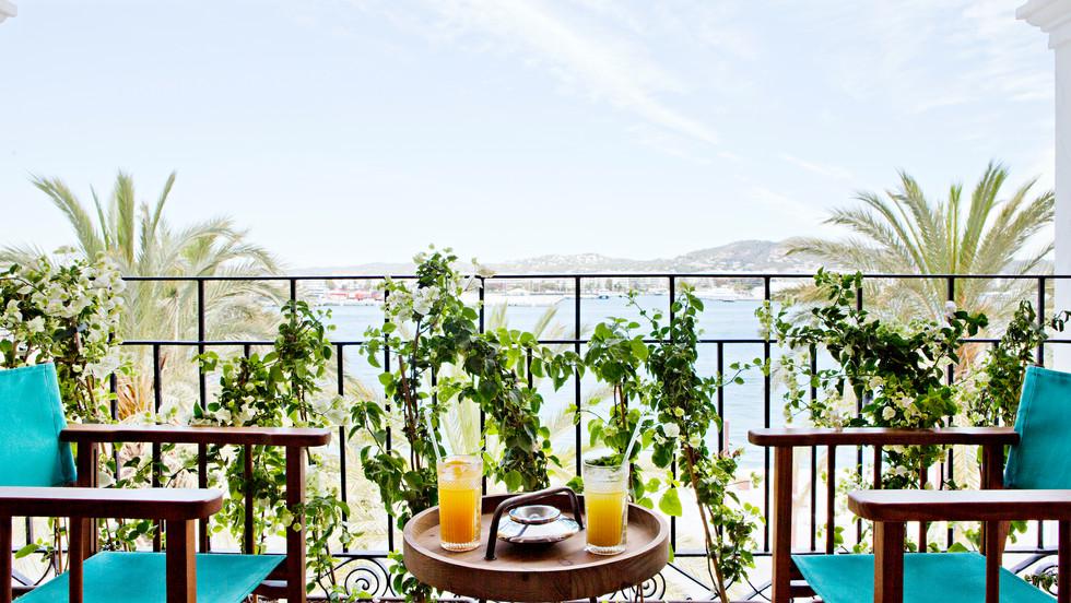 LA CANTINE IBIZA INTERIOR DESIGN RESTAURANT PIRAJEAN LEES hotel