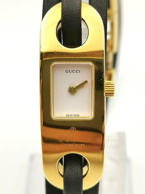 GUCCI  グッチ 6100L  レザーブレスウォッチ