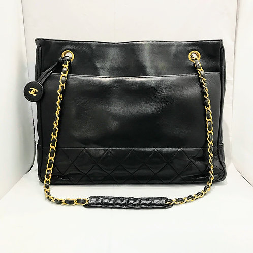 CHANEL	チェーントートバッグ