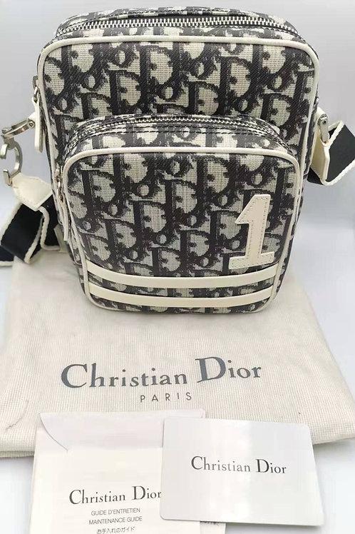 Christian Dior  ショルダー バッグ  トロッター