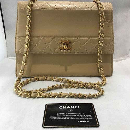 CHANEL チェーンショルダーバッグ