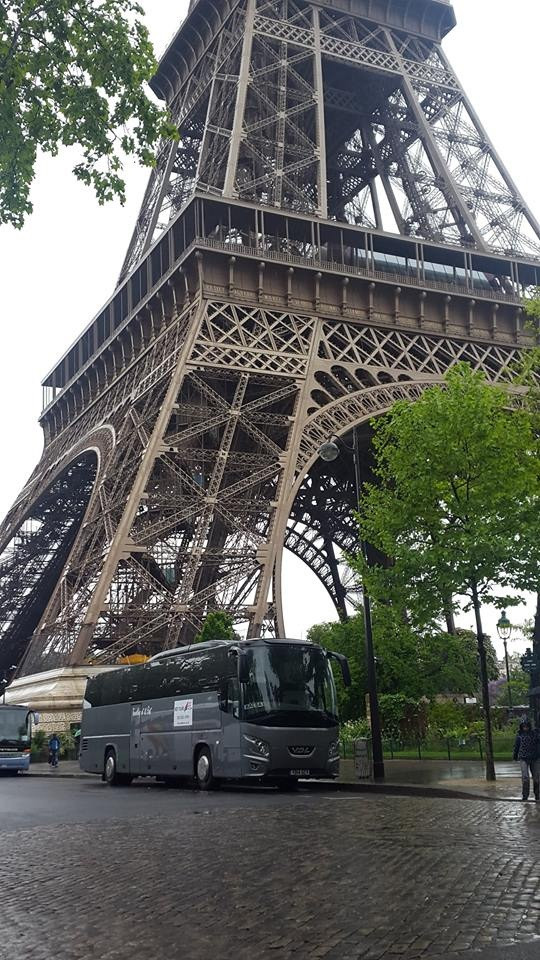 Excursions in Paris with with our 59 seat coach.