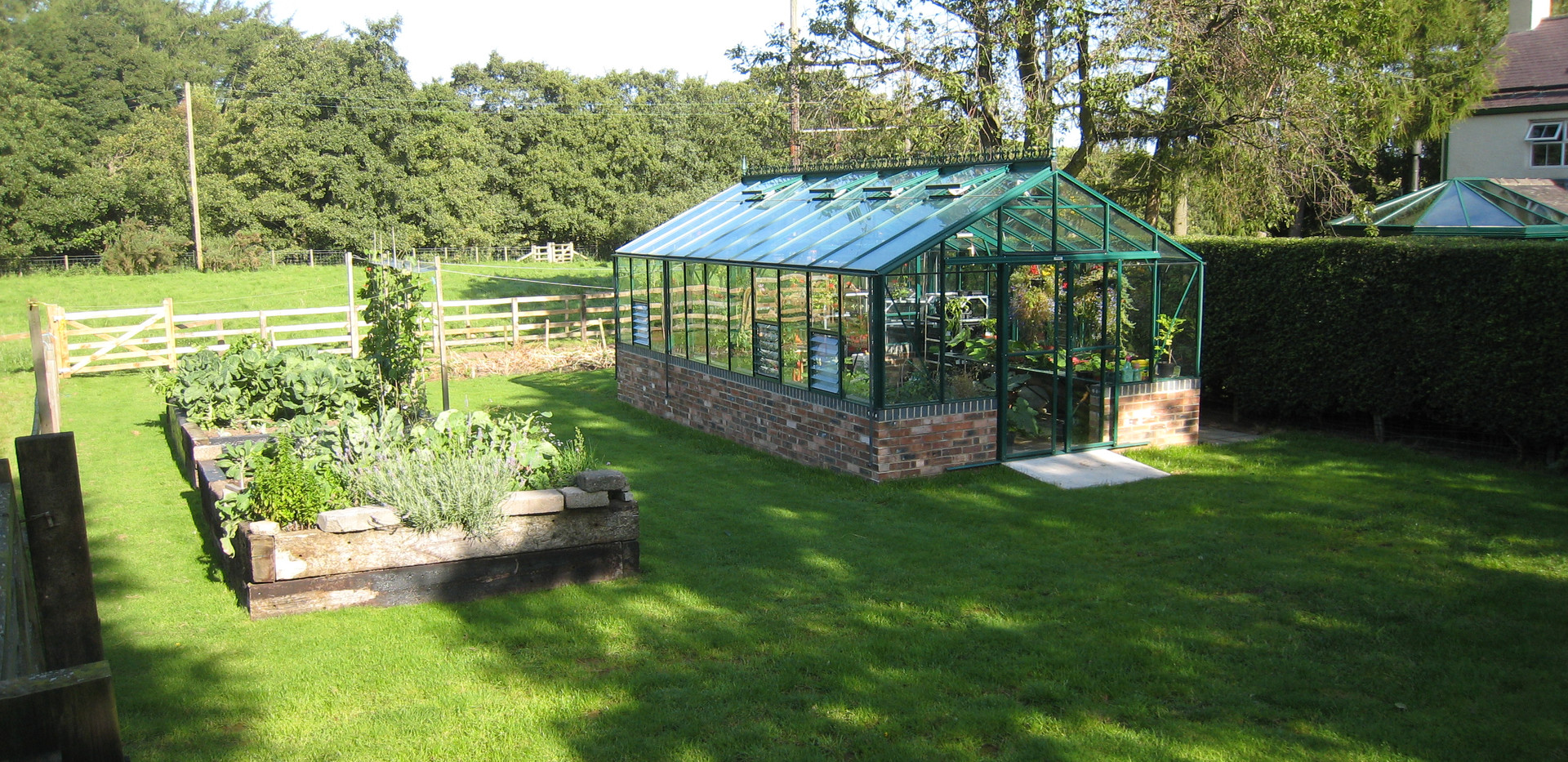 Robinsons Regal 12'7 wide Aluminium Greenhouse
