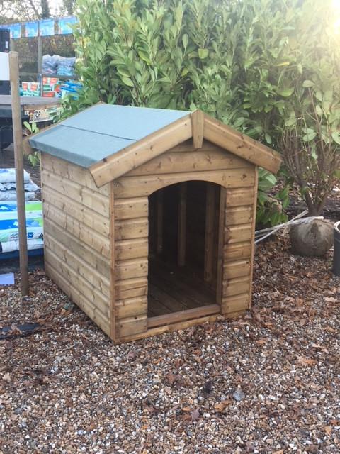 Topwood Traditional Dog Kennel