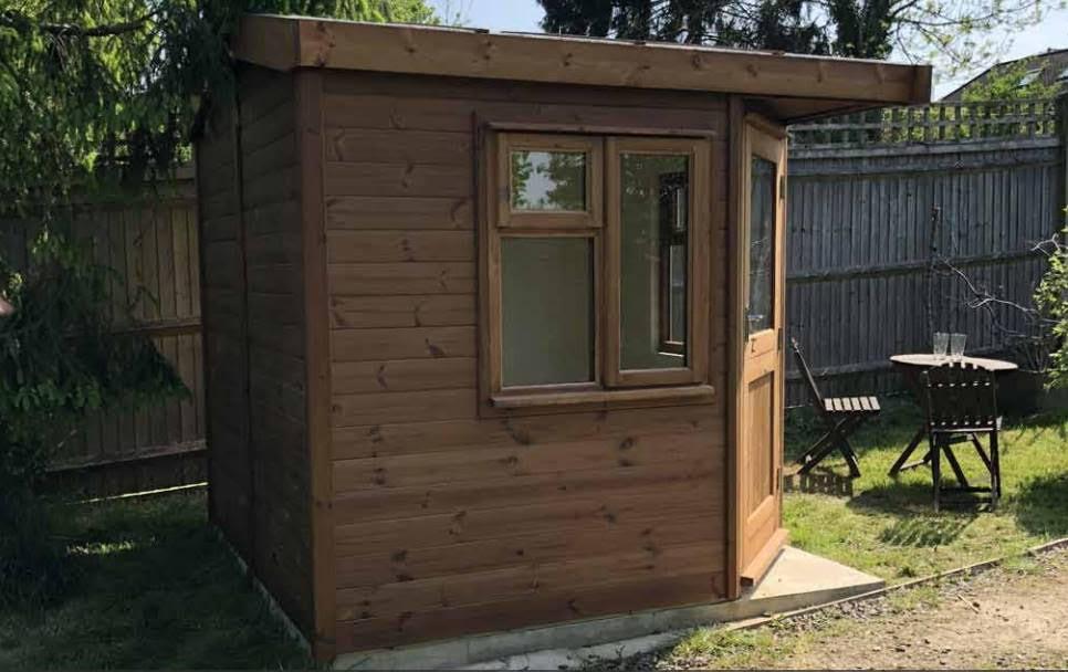 Breckland Garden Studio - Corner Pent